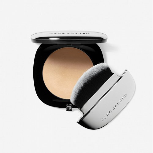 Marc Jacobs представляет Instant Blurring Beauty Powder with Brush